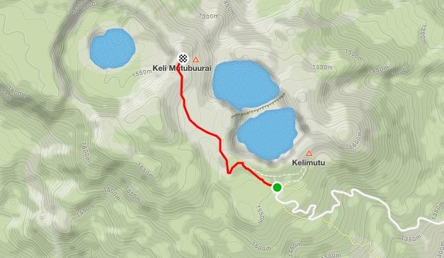 Caminhada nas crateras do Kelimutu
